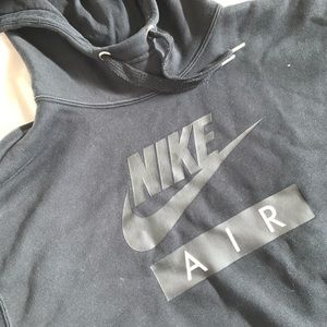 Black nike cropped sweatshirt